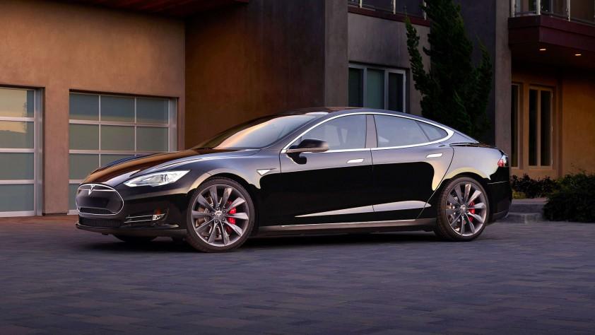 Революционният автомобил Tesla Model S